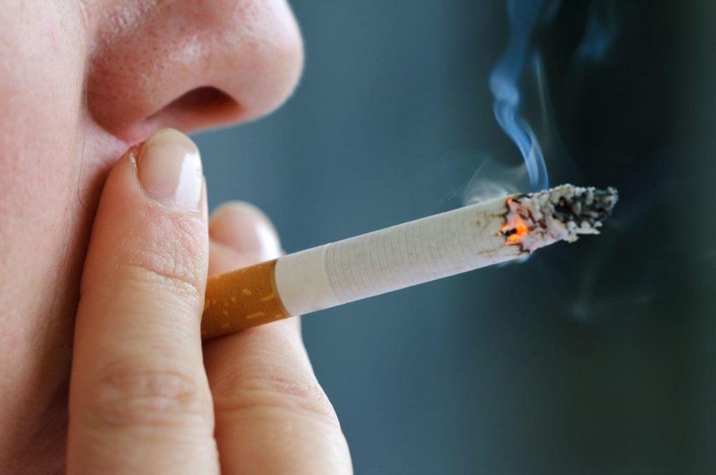 Proposta do vereador Rinaldi Digilio quer evitar exposição de cigarros a crianças, diminuindo a curiosidade em começar a fumar