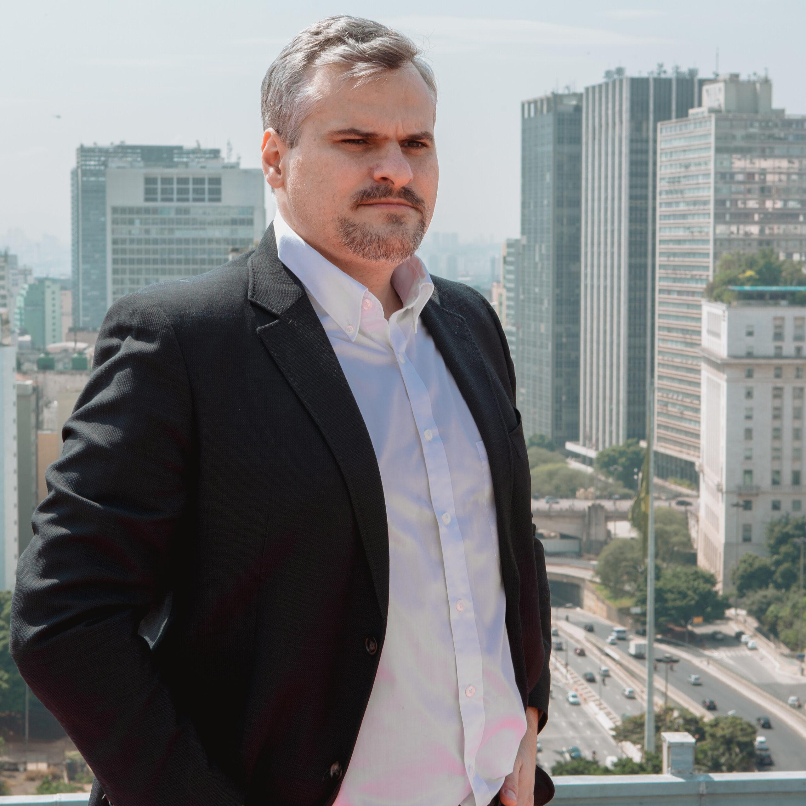 O vereador de São Paulo, Rinaldi Digilio, denunciou a má utilização do dinheiro público no Hospital Municipal de Campanha do Anhembi